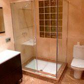 baño mármol 19