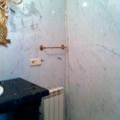 baño mármol 13